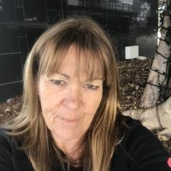 Jacinta, 54 from Queensland