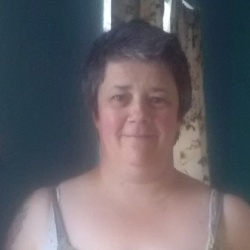 Ruth is looking for singles for a date