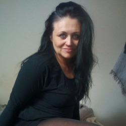 Salima is looking for singles for a date