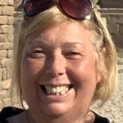 Diane (60)