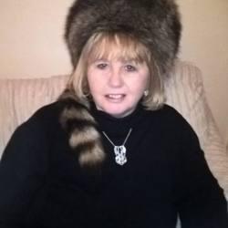 Cathie (67)