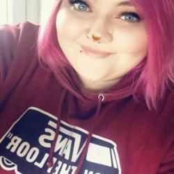 Chloe (21)