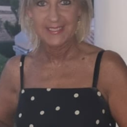 Alison is looking for singles for a date