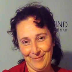 Elaine (39)