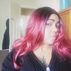 Aurelice is looking for singles for a date