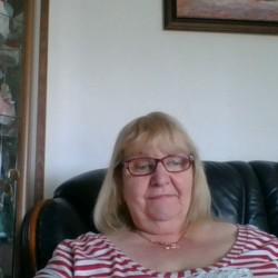 sexting  Lynda in Halesowen