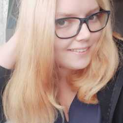 Myette is looking for singles for a date