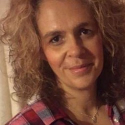 Elaine (49)