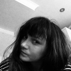 Anna (40)