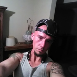 Phillip, 30 from Florida