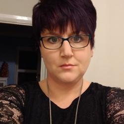 Sarah (38)