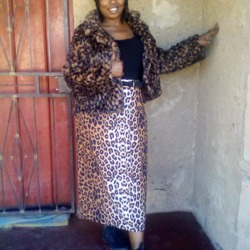 Jabulile is looking for singles for a date