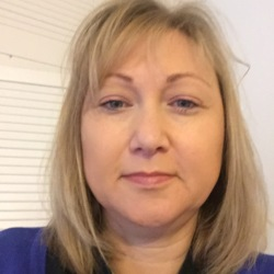 Linda is looking for singles for a date