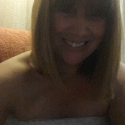 Kellie, 49 from New South Wales
