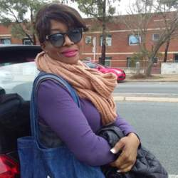 Sharlin is looking for singles for a date
