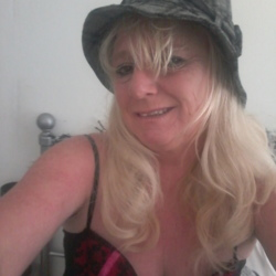 Janet is looking for singles for a date