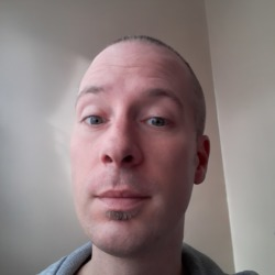 Alexponfb is looking for singles for a date