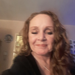 Laurie is looking for singles for a date